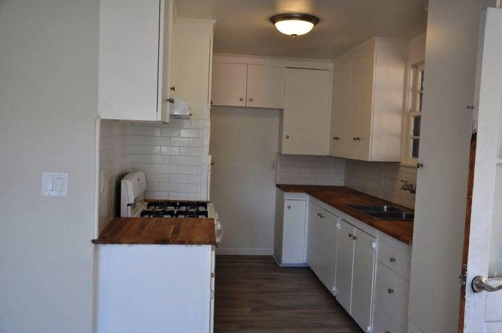 1416 Kitchen Before