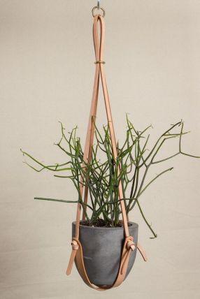 leather plant holder