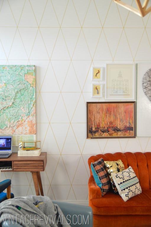 DIY Wallpaper Tutorial @ Vintage Revivals-1[3].jpg
